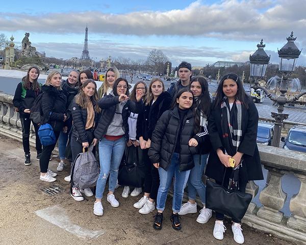 Paris1-600